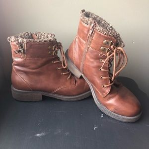 🌸3 for $20🌸Steve Madden boots size 5